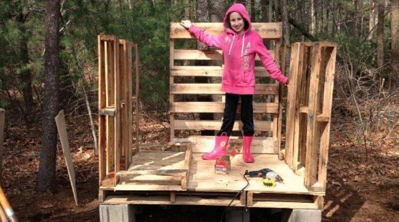 how to build a chicken coop out of pallets